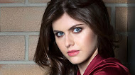 Alexandra Daddario Mobile Wallpaper
