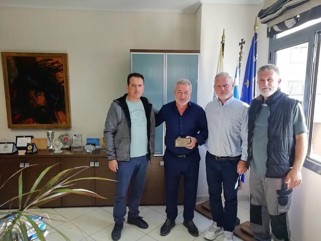 Θεσπρωτία: Βράβευσαν το δήμαρχο Ηγουμενίτσας