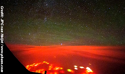 Pilot Photographs Mysterious Red Glow Over Pacific 8-24-14