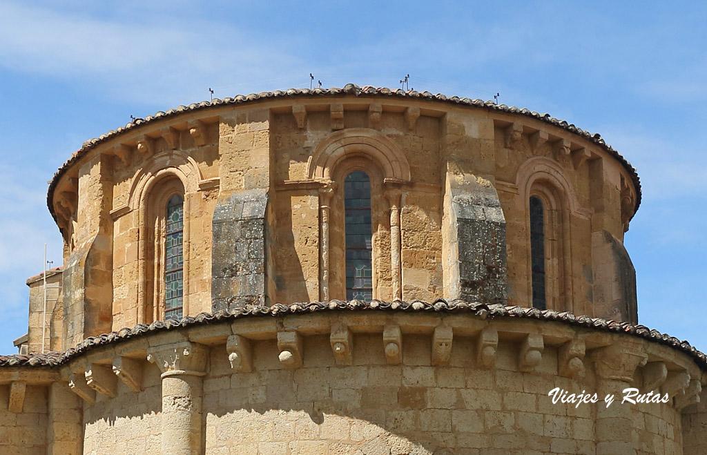 Monasterio de Gradefes, girola