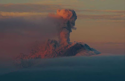indonesia-mount-sinabung-volcano-eruptionmost_dangerous_tourist_destinations_in_the_world_most_dangerous_tourist_places_in_the_world