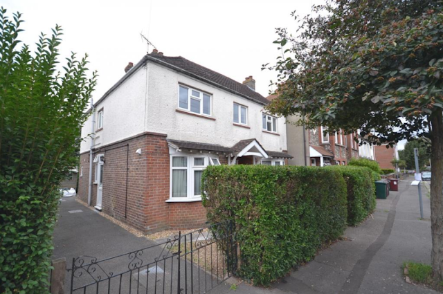 2 bed flat, Kings Avenue, Chichester