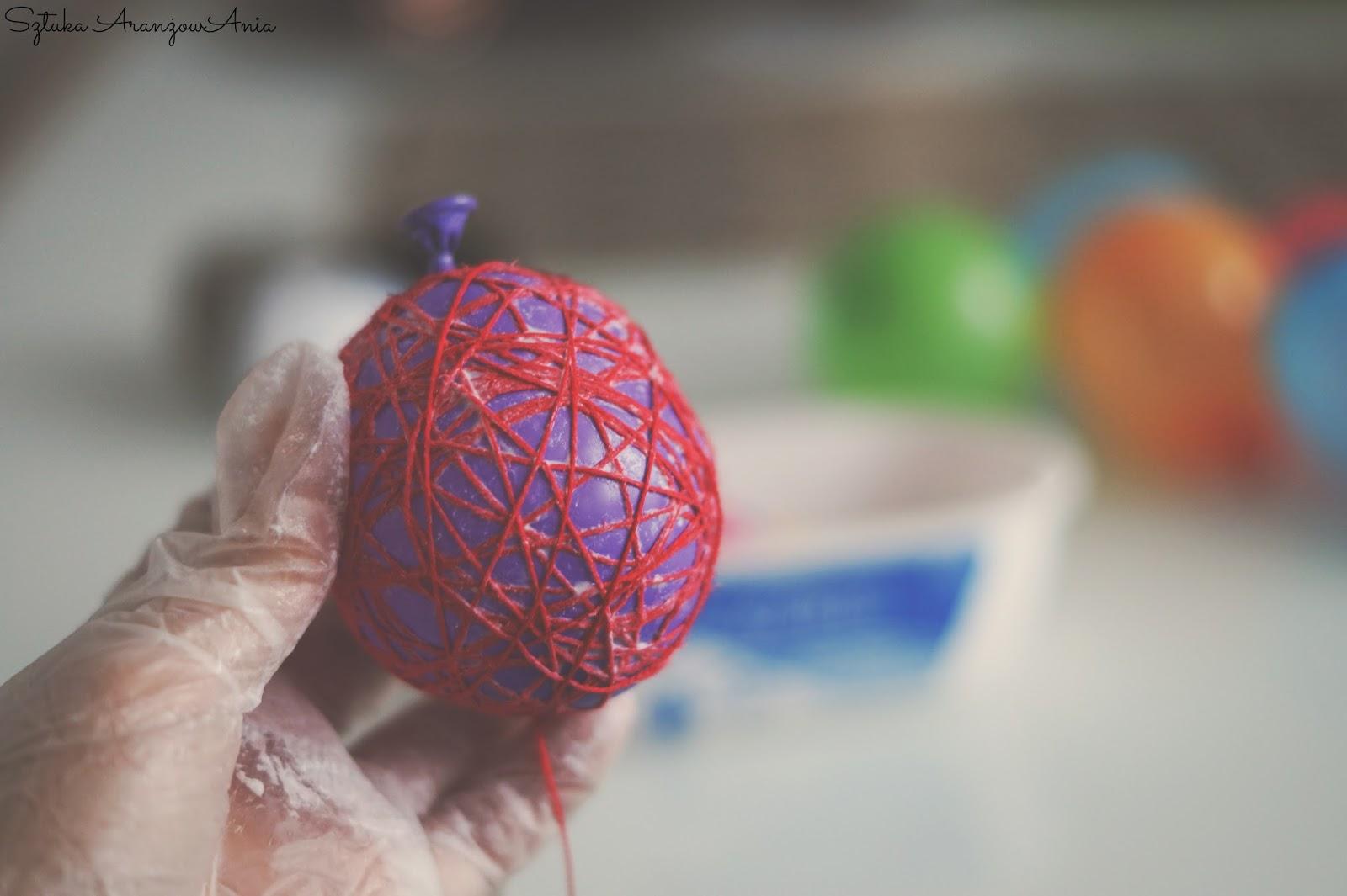 Inspiracja i sposób wykonania Cotton Balls, szybki handmade - instrukcja na blogu Sztuka AranżowAnia.
