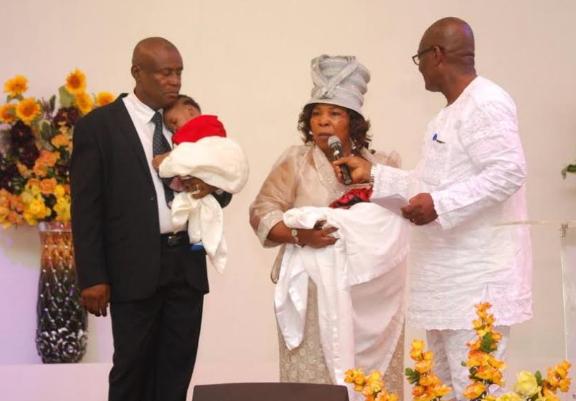 woman gives birth winners chapel calabar