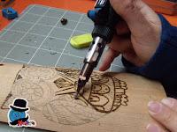 Pirografare su legno