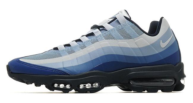 purchase cheap 5d2af bb156 Nike Air Huarache SE  69,90€. Inspiradas en las sandalias de nativos  americanos, encontramos este par de ante, perfectas para el invierno y muy  discretas.