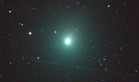 Muncul Komet Atlas di Langit Indonesia, Pertanda Wabah Diangkat?
