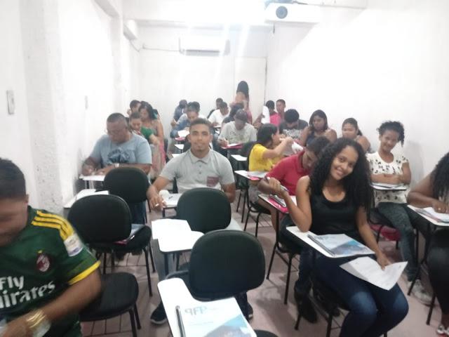 INÍCIO DOS CURSOS DE SERRALHERIA E ELÉTRICA