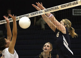 Perfect-blocking-in-volleyball
