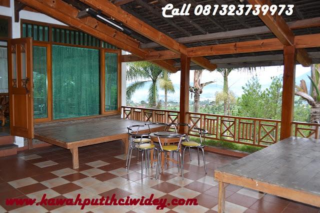 Booking villa di area wisata kawah putih dari demak