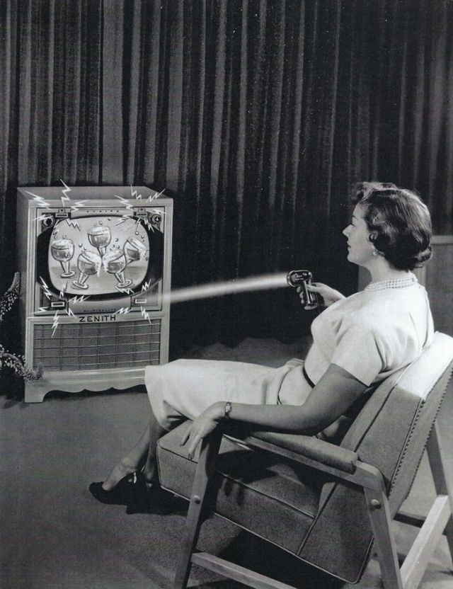 Zenith Flash-Matic, the First Wireless TV Remote
