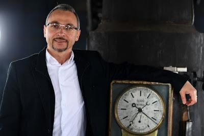 L'astrophysicien Ali Sammuneh, de l'enfer d'Alep à l'Observatoire de Paris dans - ECLAIRAGE - REFLEXION a10