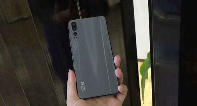 Elephone prepara un clon del Huawei P20.