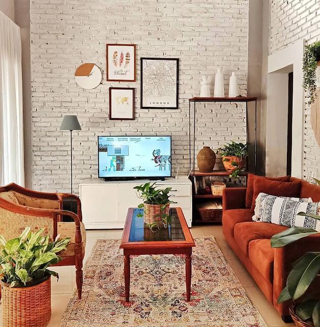 Wallpaper Dinding Motif Bata Putih Untuk Ruang Tamu Sempit