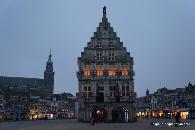 detalhe da fachada do Stadhuis de Gouda, na Holanda