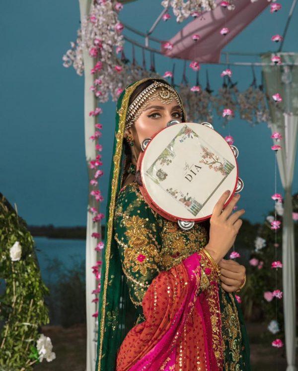 Ayeza Khan Mehndi Day Photo Shoot For Ansab Jahangir