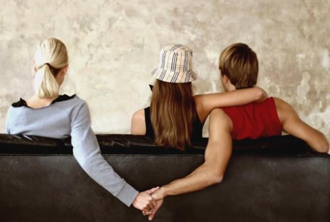 Quen người có vợ chỉ để giải quyết nhu cầu sinh lý và tâm sự chia sẻ là đúng hay sai