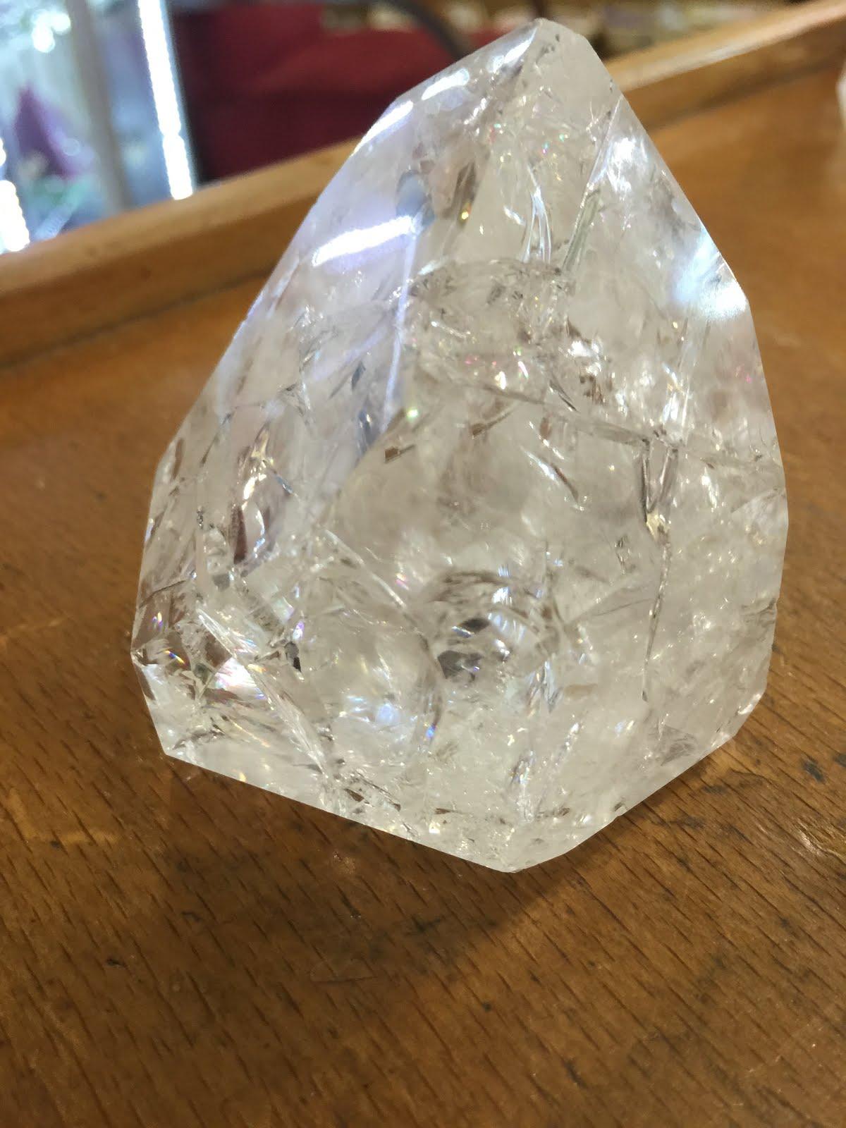 Doğal Taşlar Ve Kristaller Hakkında Bilinmeyenler