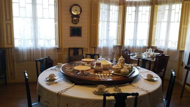 Sala de janter no Castelinho Caracol em Canela, na Serra Gaúcha