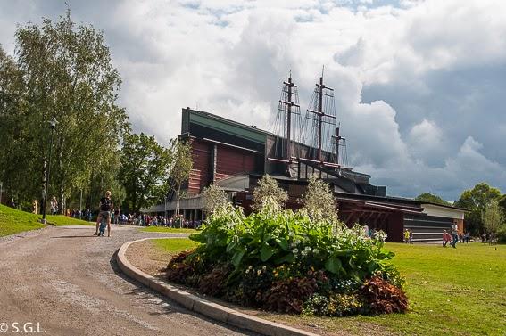 Exterior del museo Vasa, un galeon del S. XVII en Estocolmo