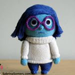http://translate.google.es/translate?hl=es&sl=en&u=http://www.sabrinasomers.com/p/crochet-pattern-sadness-inside-out.html&prev=search