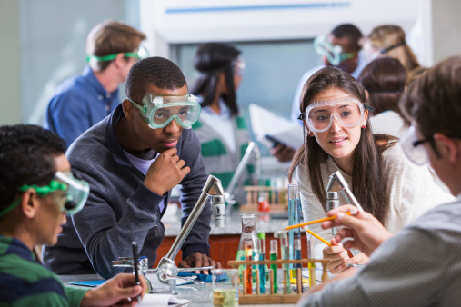 Mengapa Kita Perlu Belajar Kimia?