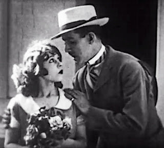 Beth Darlington and Charley Chase in Fraidy Cat (1924)