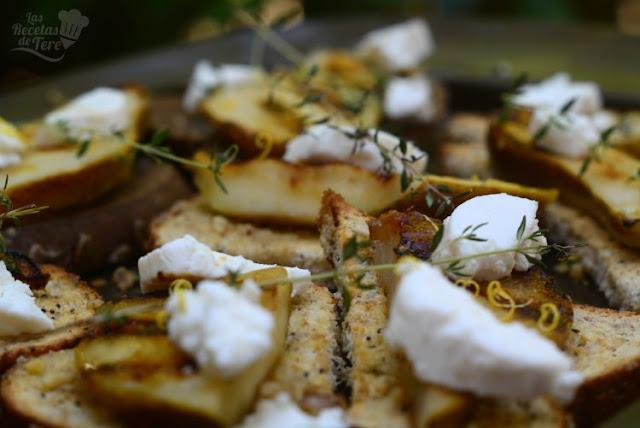 Deliciosas tostadas con peras a la parrilla y queso de cabra 02