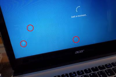 layar laptop bekas