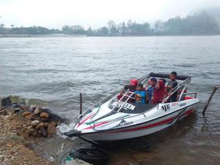 Tempat Bermain Speed Boat Bengawan Solo