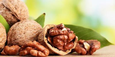 Sehatkan Jantung Dengan Konsumsi Kacang Kenari