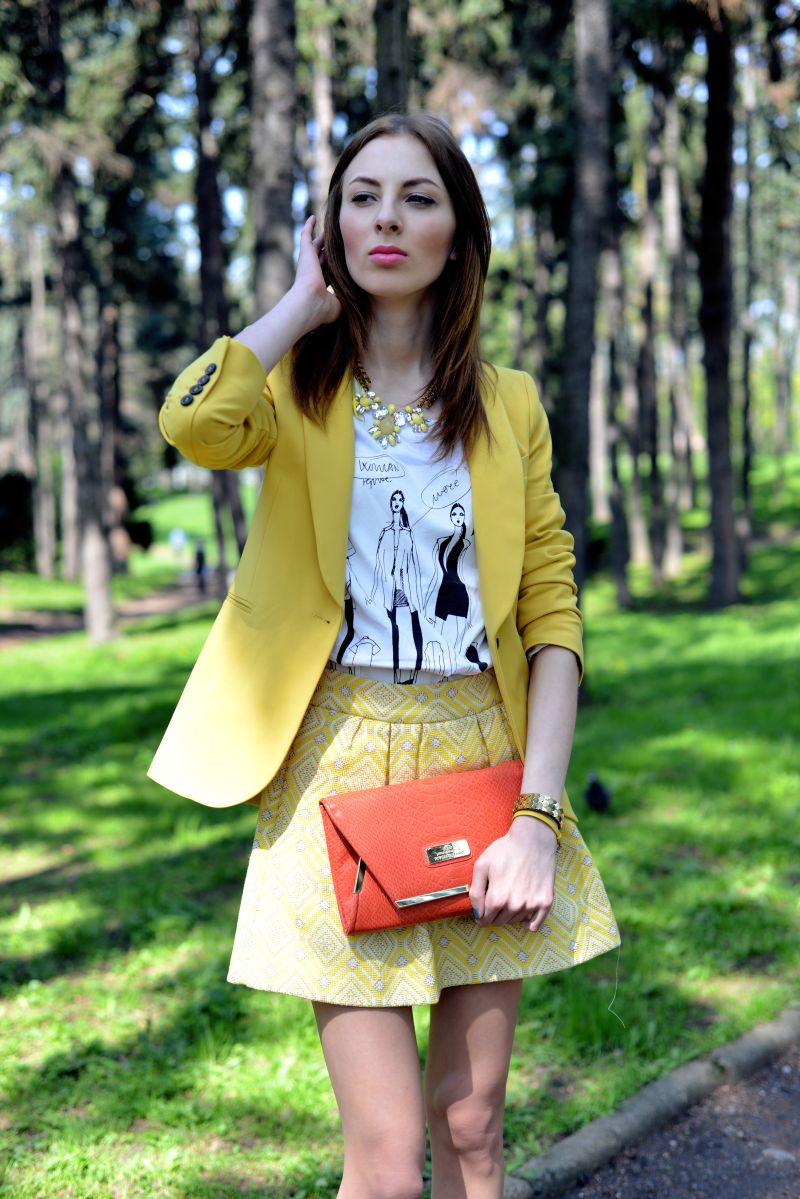 YELLOW JACKET AND SKIRT+ HEART SHOES Charlize Mystery