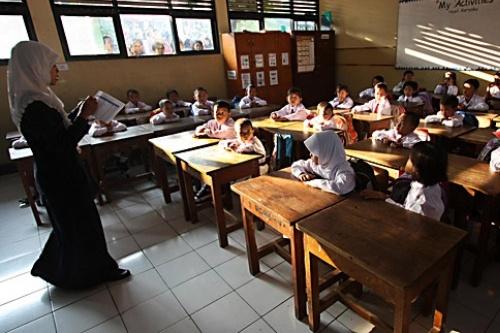 Banyak Guru Mengeluh Kesulitan Menerapkan K-13
