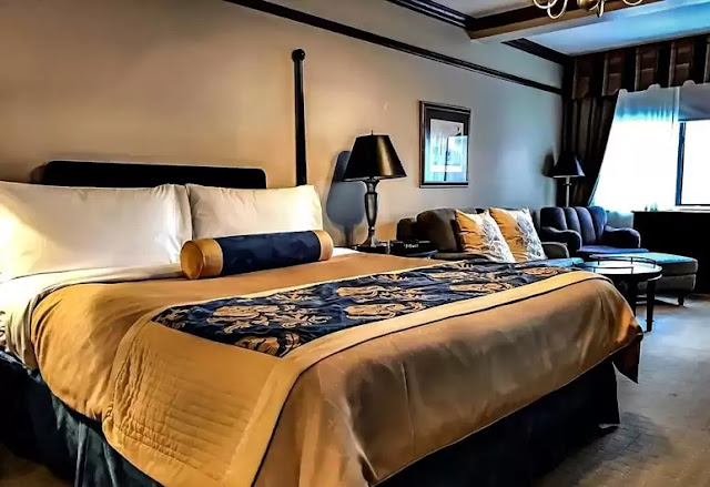 Experience quality and tradition in Old New York style at The Blakely New York Hotel. This elegant hotel puts you in the center of New York City's best attractions.