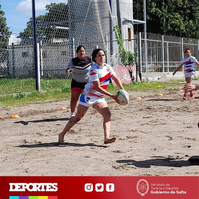 Clínica de rugby femenino: este scrum es de nosotras #MesDeLaMujer