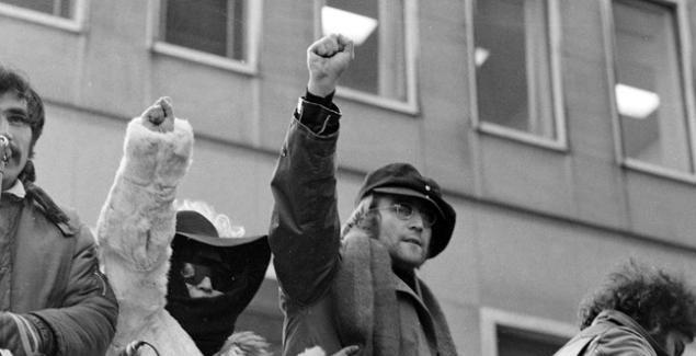 Un Clásico: John Lennon - Power To The People