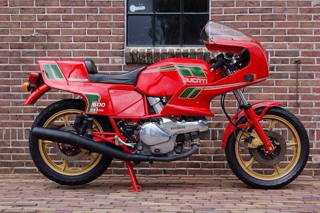 Ducati Pantah 600 1980s Italian classic sports motorbike