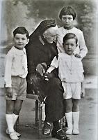 ks. Radziwiłłowa z wnukami 1930