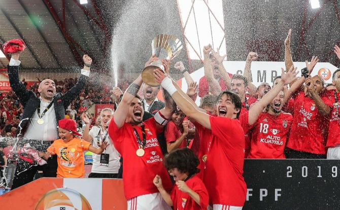 Benfica Blogs Campeão Nacional de Futsal 2018/19
