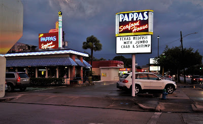 Pappas Seafood House at Dusk