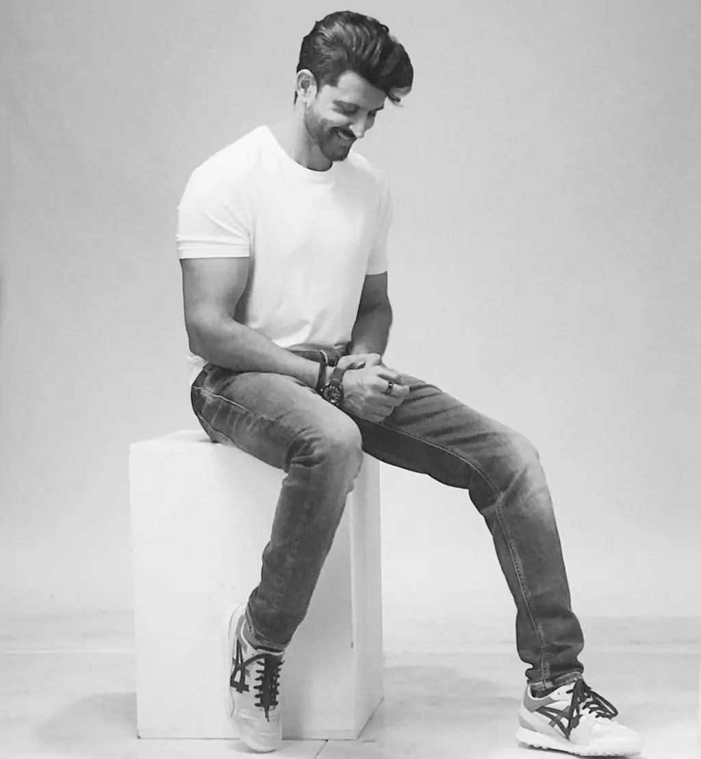 Hrithik Roshan Latest New Photos