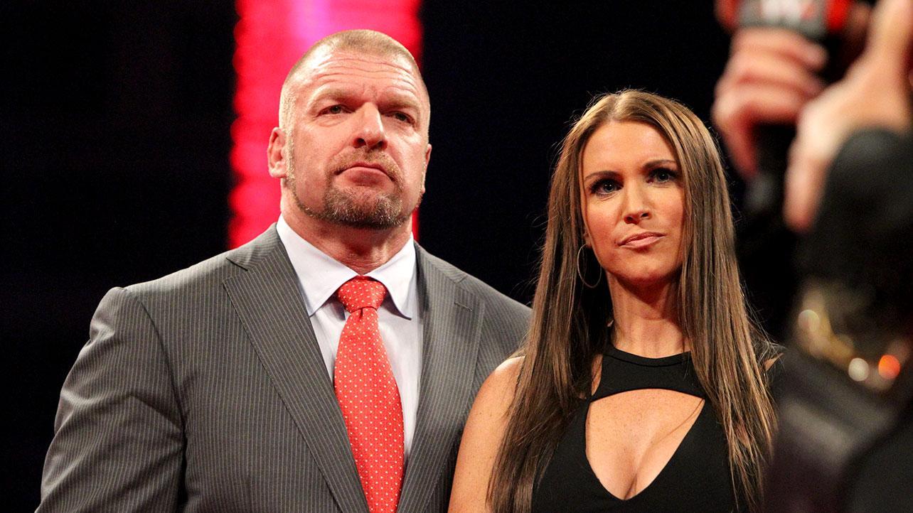 Triple H e Stephanie McMahon tomaram a segunda dose da vacina contra a COVID-19