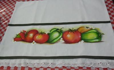 pintura em tecido tomates e pimentões
