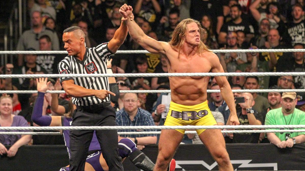 Riddle preenche a última vaga do Team RAW no WWE Survivor Series