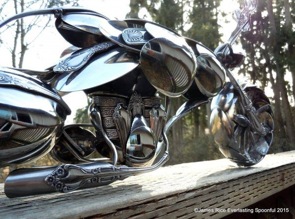 08-Jim-Rice-Chopper-Motorcycle-Sculptures-made-from-Spoons-www-designstack-co