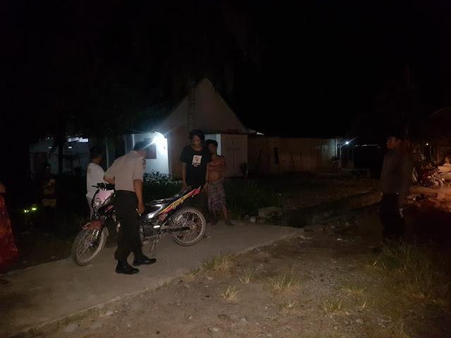 Polisi Ciduk 2 Remaja Sedang Pesta Miras Jenis Ballo di Jalanan