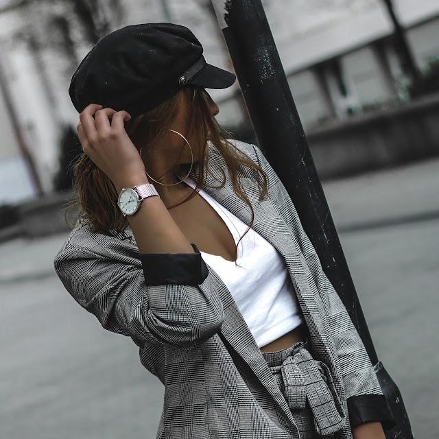 streetstyle, fashion blogger, blogger_de, asos, zara, mode, fashion, blogger, ootd, outfit, look, style, baker mütze, blazer, grau, kariert, stoffhose, anzugshose, lackschuhe, plateau schuhe, köln, mbfw, mönchengladbach, quote, ysl