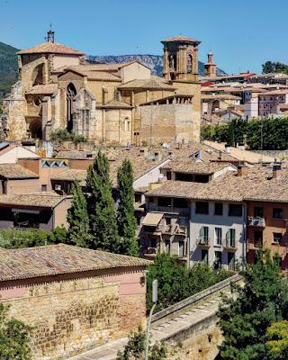 262 Estella Lizarra Visitas Guiadas Conoce Sus Monumentos y la Judería   Iglesia de San Miguel Arcángel   https://www.casaruralurbasa.com
