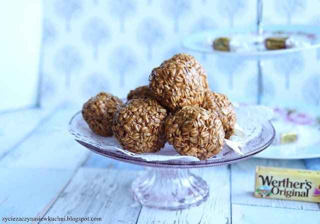 Szyszki z owsa ekspandowanego z cukierkami Werther's Original