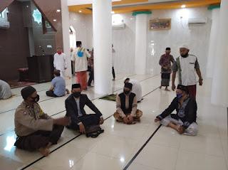 Jaga Kamtibmas Kondusif, Bhabinkamtibmas Melayu Silahturahmi dengan Tokoh Agama